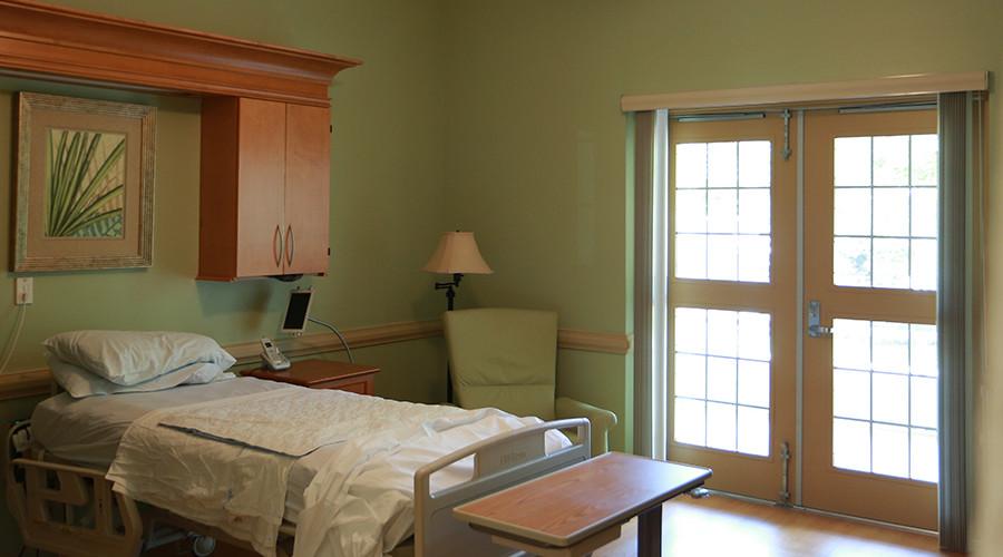 cornerstone-hospice-house-sumterville-florida-11-900x500